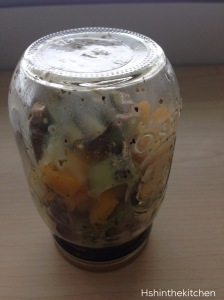 salad in jar upside-down